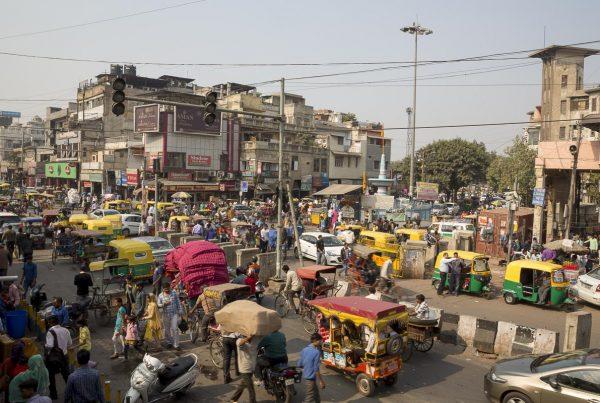 Delhi - Street Scene - November 20, 2015